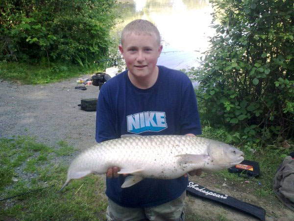 The Oaks Lakes Fishery Coarse Fishing